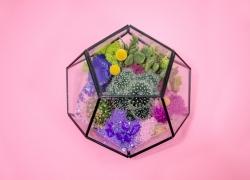 13 Geometric Decor Pieces That Are Super Trendy